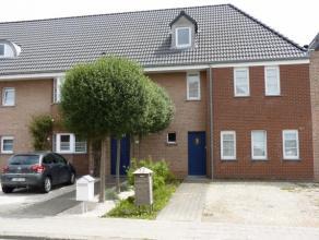 Disponible le 15/10/2014 cette maison très récente (construction neuve) à proximité de la place d'Herseaux ne pourra que v