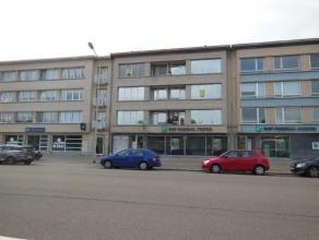 Centraal gelegen appartement (92 m²) met veel lichtinval! Gelegen op de 2de verdieping van een klein gebouw met lift en uitkijkende op het Freder