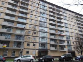 Mooi en ruim appartement (110 m²) gelegen op de 5de verdieping van het appartementsgebouw 'Ter Schelde' gelegen over het Sint-Annabos! Indeling a