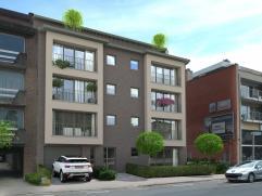 appartement op de 3de verdieping, rechts met 2 slaapkamers, keuken, living, badkamer, apart toilet en berging. terras aan voor- en achtergevel.  Gara