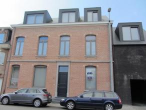 Dit mooie gelijkvloersappartement is gelegen aan de Bouwelsesteenweg te Herenthout. Deze ligging garandeert een vlotte verbinding naar oa. de autostra