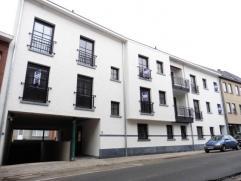 Nieuwbouw dakappartement, gelegen op wandelafstand van de winkelstraat en het station van Herentals.Het appartement omvat: inkomhal met apart toilet,