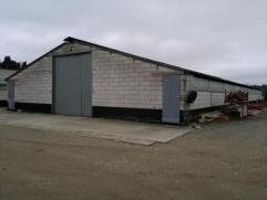 Opslagruimte van +/- 200m² te huur in de buurt van Herentals Industrie. Bereikbaar met vrachtwagen. Elektriciteit en water aanwezig, geen sanitai