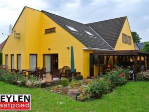 Zeer ruim huis, 285m2 bewoonbare oppervlakte, op rustige locatie met tot 5 slaapkamers. Ideaal voor groot gezin. EPC: 456 kWh/m2 , Vg, Wg, Gdv, Gvr, G