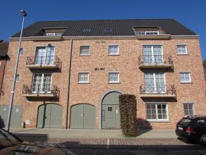 Appartement op toplocatie te HerentalsLigging: Gelegen vlakbij de winkelstraat van Herentals. Grote Markt, winkels, openbaar vervoer, scholen, etc op