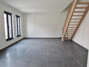 Prachtig nieuwbouw duplexappartement! Ligging: Hofkwartier te Herentals. Op een boogscheut van de Grote Markt en op wandelafstand van het station.&nbs