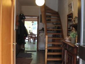 Zeer goed gelegen woning nabij het centrum van Brasschaat.Ligging: centraal gelegen, nabij het centrum van Brasschaat, met een vlotte bereikbaarheid e
