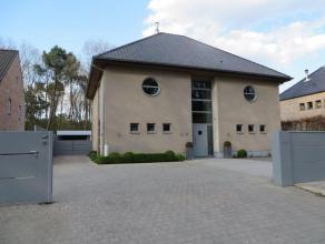 RUIME HEDENDAAGSE ENERGIEZUINIGE WONING (Concrete House) - GOED GESCHIKT VOOR VRIJ BEROEP - Direct beschikbaar Opp. Grond: 1.680 m2 Woonopp. 450 m -