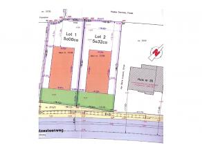 Lot 2: bouwgrond open bebouwing met een bebouwbare opp van 9m x 17m diep (ook de verdieping). Garage mag mits akkoord lot 1 in de zijtuinstrook + 12m&