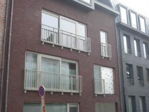 Instapklaar en splinternieuw appartement met één ruime slaapkamer en terras.<br /> Uitstekend gelegen in centrum!<br /> <br /> Voor verd