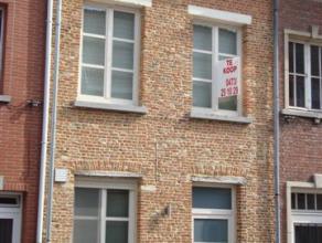 Instapklare stadswoning met o.a. 2 slaapkamers en terras. Afgewerkt met hoogwaardige materialen! Uitstekend gelegen vlakbij Grote Markt! EPC = 203.
