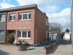 Gezinswoning met o.a. 2 slaapkamers, garage en tuin. EPC = 721. Mogelijk klein beschrijf!  Voor verdere info of afspraak bel 0473 33 33 35.