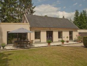 Landelijk gelegen woonhuis op een domein van 24a 5ca op de grens met Keerbergen.<br /> Dit landhuis ligt iets achterin en wordt van de weg gescheiden