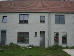 """Binnen de nieuwe verkaveling """"Balderdorp"""", gelegen tussen de Dorpsstraat en de Smidstraat is deze gesloten bebouwing in begijnhofstijl te koop.<br />"""
