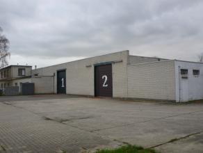 Magazijnencomplex met diverse kantoorruimtes gelegen op een perceel met een totale oppervlakte van 2941 m². Dit complex werd opgedeeld in de volg