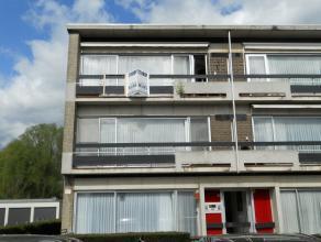 Instapklaar appartement met o.a. 3 slaapkamers, balkon, kelder en garage.<br /> Uitstekende ligging!<br /> EPC = 404.<br /> Elektriciteit is conform.<