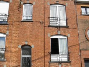 ./Sous-sol : 4 caves dont 1 avec fenêtre donnant sur la rue et cheminée convecteur, 1 buanderie + wc, 1 atelier, 1 ancien réduit &