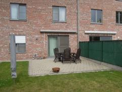 """NIEUW : Volledig ingericht app (GLVL) met ingesloten terras en tuin """"Residentie Blijdenberg"""". Rustig wonen op wandelafstand van het centrum.App met st"""