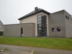 Op wandelafstand van de dorpskern van Minderhout treffen we deze hedendaagse woning met 5 slaapkamers waarvan ÃÂÃÂn gelijkvl