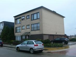Tijl en Nelestraat: euro 525- gunstig gelegen appartement op de 2e verdieping (links) - 2 slaapkamers - lift - garage - gunstig gelegen, vlakbij ring,