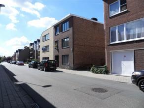 Ieperstraat 96/2: euro 495- volledig gerenoveerd appartement op de 1ste verdieping - 1 slaapkamer + babykamer /berging of bureel - terras (16,50m&sup2