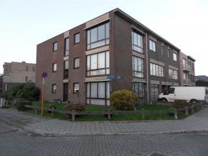 Franz Joostenstraat 17 bus 3: euro 490- net en licht hoekappartement op de 2e verdieping - 2 slaapkamers + bureau/babykamer - terrasje / balkon - deel