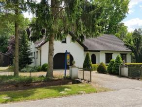 rustig gelegen vrijstaande woning op een mooi villaperceel van 1792 m² - 35 m breed - gelegen in een residentiële bosrijke verkaveling, acht