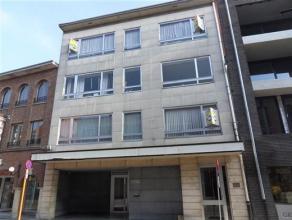 Patersstraat 90/6 : euro 525 - net appartement op de 3e verdieping - 2 slaapkamers - lift - balkon - kelderberging - zeer gunstig gelegen, vlakbij win