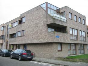 Verbindingsstraat 16 / 9 - euro 590: gelijkvloers appartement met tuintje - 2 slaapkamers - autostaanplaats en gemeenschappelijke fietsenbergplaats -