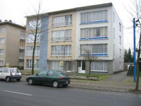 Steenweg op Antwerpen 19 / 3 - euro 520- gerenoveerd appartement 2de verdieping - 2 slaapkamers - terras - garage -deels dubbele beglazing - gunstige