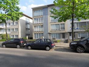 Steenweg op Antwerpen 17 / 4: euro 525- recent appartement op de 3de verdieping - bouwjaar 2004 - 2 slaapkamers - terras - garage - vrij 1/5/2016 - EP