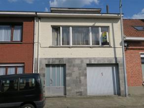 deze woning zal u vooral kunnen bekoren owv de grote garage: maar liefst 52 m² ! - wonen doe je op de eerste en tweede verdieping - de woning is