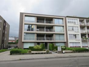 euro 640 (appartement) + euro 60 (garage) + euro 35 (voorschot gem lasten): De Merodelei 226 bus 3 : recent appartement op de 2e verdieping, in mooi m