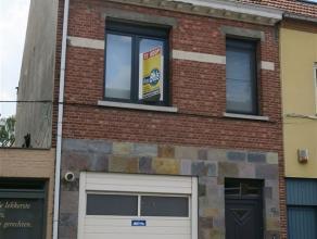 gezinswoning met diepe westtuin en kleine garage - 3 slaapkamers - grote woonkamer van ca 38 m² met lichtkoepel - moderne keuken van 1,5 jaar met