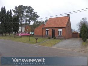 Rustig gelegen woning met o.a. 2 slaapkamers, veranda, garage en tuin te Mol-Ezaart ! Huurprijs: euro 550/maand | onmiddellijk beschikbaar | geen huis