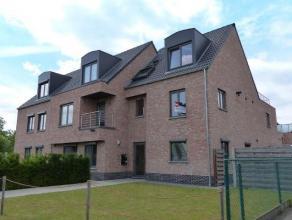 Recent ruim ingedeeld duplexappartement met o.a. 3 slaapkamers en dakterras van 20 m² op een centrale ligging met vlotte verbinding naar het cent
