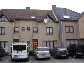 Ligging: in het centrum, nabij het station Indeling: woonkamer, keuken, slaapkamer, badkamer, berging : Appartement op de tweede verdieping, in het ce