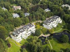 Appartement in Oud-Turnhout Prachtig gelijkvloers appartement in Residentie De Dennen, een parkdomein van 3Ha met 28 villa-appartementen. Dit appartem