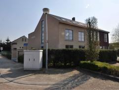 Appartement in Oud-Turnhout Nieuwbouwappartement met twee of drie slaapkamers, ruime living met volledig ingerichte luxueuze open keuken (alle toestel