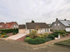 Woning in Turnhout op 867m² Comfortabele ééngezinswoning in rustige en kindvriendelijke verkaveling te Turnhout. Op het gelijkvloer