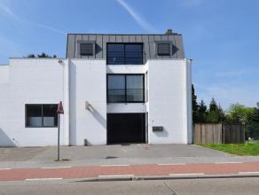 Appartement in Oud-Turnhout Gezellig appartement met een oppervlakte van ca. 120 m² nabij het centrum van Oud-Turnhout. Het appartement bevindt z