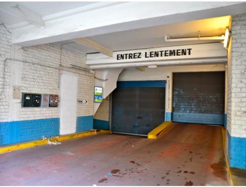 Garage louer woluwe saint lambert 59 f5gi4 for Garage professionnel a louer