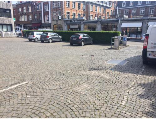 Staanplaats te huur in Namur, € 35