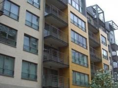Situé à 5 min de l'OTAN, des transports, dans un nouvel immeuble, bel appartement meublé composé de 2 chambres , salles de