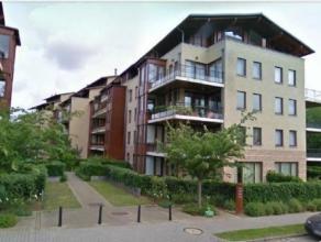 1 km van Place Dumon, dicht bij het vervoer, scholen, in een groene omgeving, mooi duplex penthouse appartement 120m² in een modern gebouw in 200