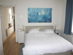 A proximité de la Place Dailly, des commerces, des transports et des écoles, magnifique appartement rénové de +- 105m&sup2