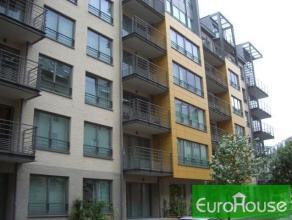 Situé à 5 min de l'OTAN, des transports, dans un nouvel immeuble, bel appartement MEUBLE de +- 90m² habitables composé 2 cha