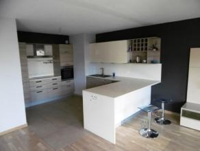 Très bel appartement de construction récente (2013), de +- 120 m² habitable et composé : d'un spacieux living avec cuisine a