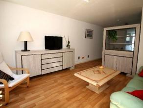 Situé dans le quartier Deschanel - parc Josaphat, place des Bienfaiteurs, sympathique studio meublé de 55m² habitables compos&eacut