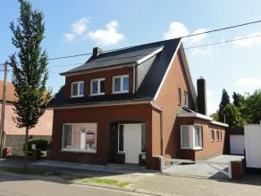 Mol : Bossestraat 52 : mooi gerenoveerde woning vlakbij het centrum van Mol met woonkamer met laminaatvloer, eetkamer, nieuwe keuken met elektrisch vu
